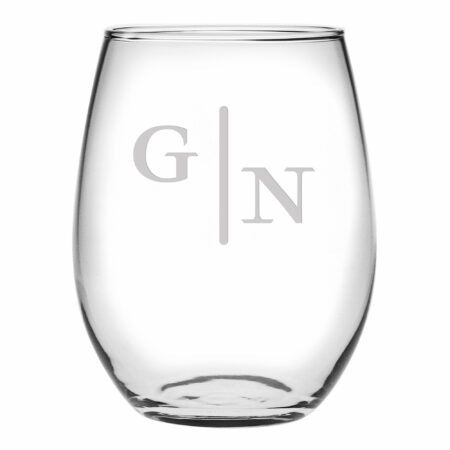 Quinn two letter initials on stemless wine glass